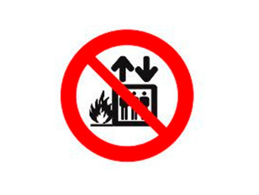 Placa-P4---200x200-mm-Proibido-Utilizar-Elevador